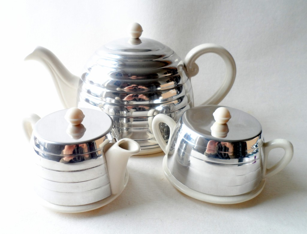 Vintage kitchen home 3 piece beehive everhot ever hot tea for Kitchen set aluminium